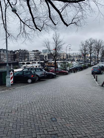JOVD Amsterdam e.o.: Laat lerarentekort niet nog verder oplopen en stel per direct meer parkeervergunningen beschikbaar!