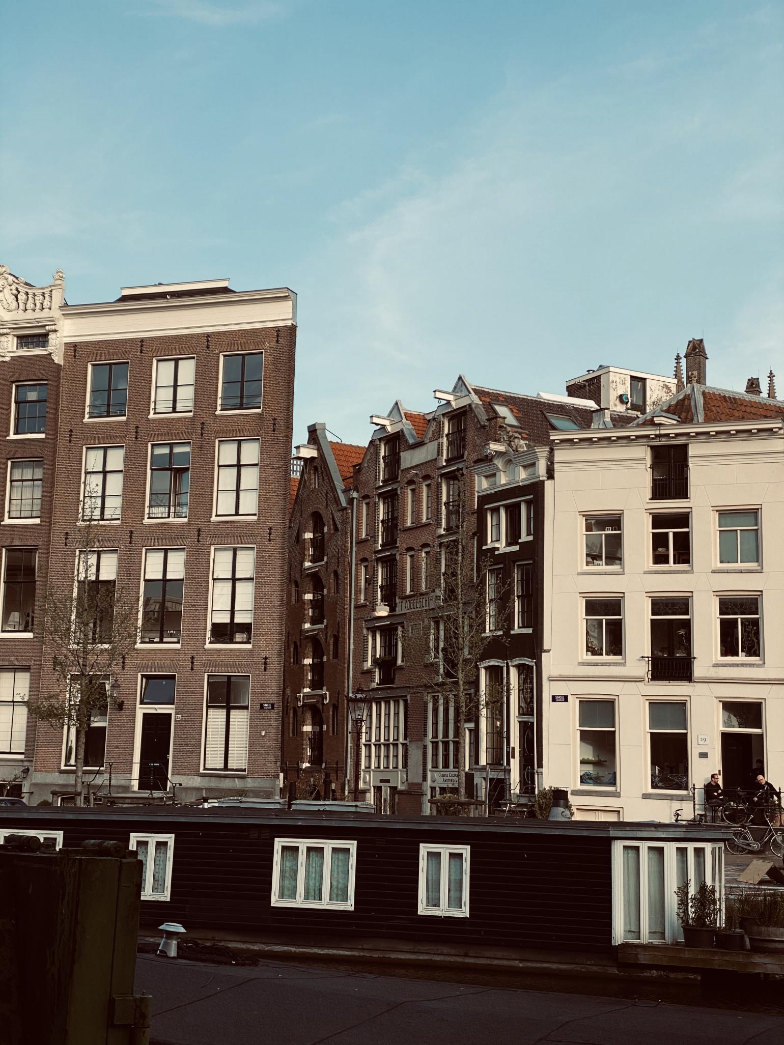 JOVD Amsterdam: Erken samenwonende studenten ook als huishouden