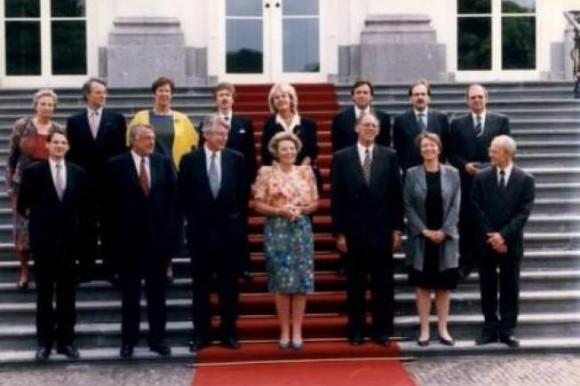 Aantreden van het eerste paarse kabinet