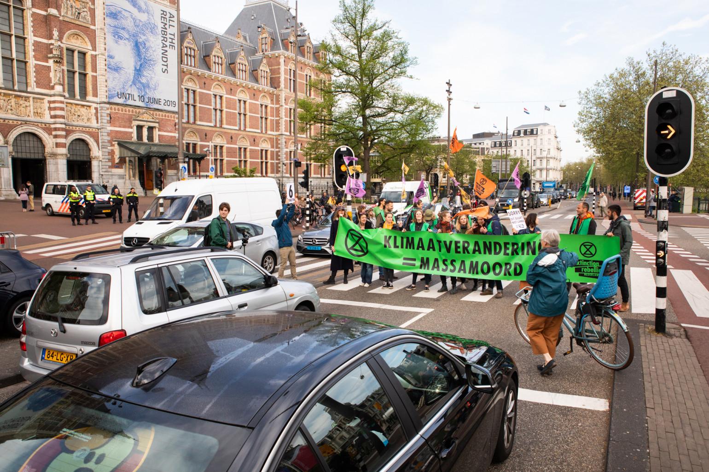 Handhaving van de wet is geen inbreuk op de fundamentele vrijheid van betoging