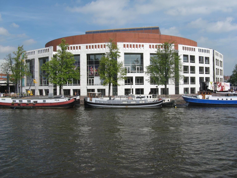 JOVD Amsterdam e.o. kritisch op gendergelijkheid beleid Gemeente Amsterdam: 'Ook positieve discriminatie is discriminatie'.
