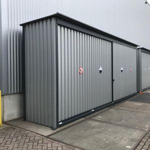 Twee enkelwandige opslagcontainers K40 chemie EW voor Rudico B.V. uit Eerbeek