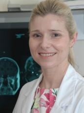 Dr. Anja Bernaerts