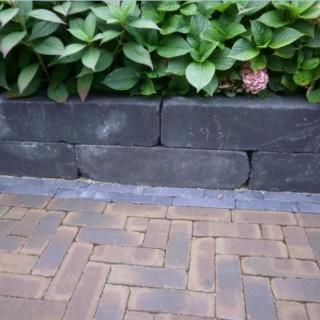 Blockstone Black 15x15x60 cm
