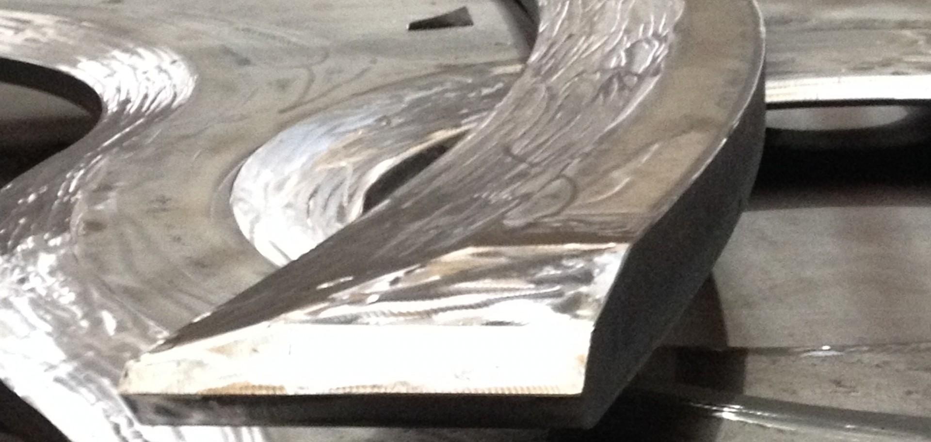 Bijzonder snijwerk door Steel Solutions International geleverd