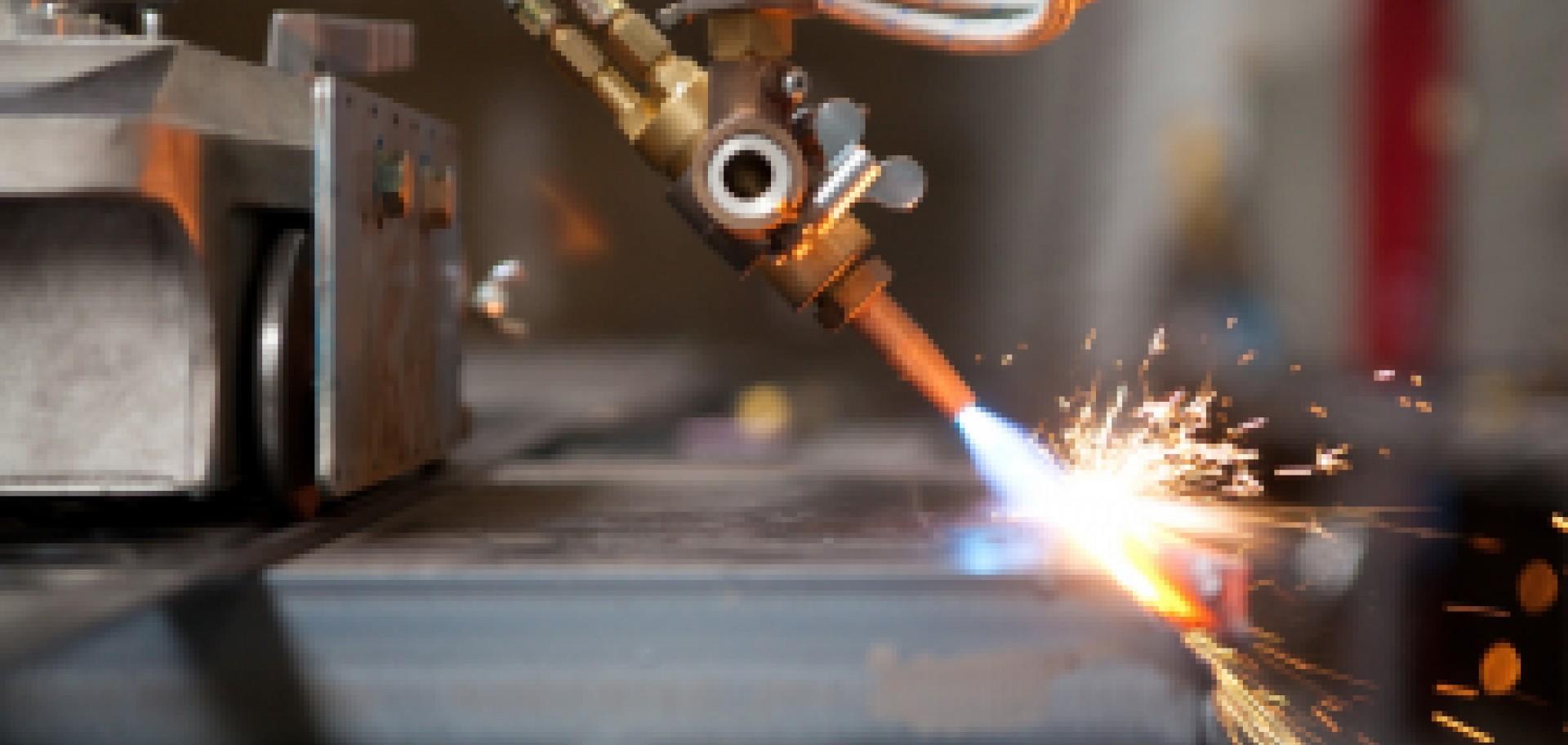 Steel Solutions International neemt nieuwe afschuinmachine in gebruik
