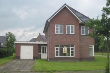 Vincent van Goghstraat 62, Gerard Bildersweg 2, Jan Bronnerplantsoen 22 en Hendrick de Keijserlaan 19 Deventer