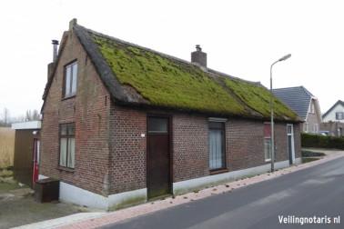 woningen aan de Zouwendijk 68 en 70 te Meerkerk en percelen grond en rietland Meerkerk