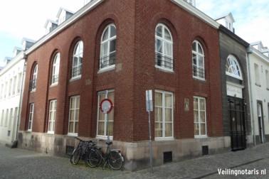 Verwerhoek 12 a en parkeerplaats Lenculenstraat  Maastricht