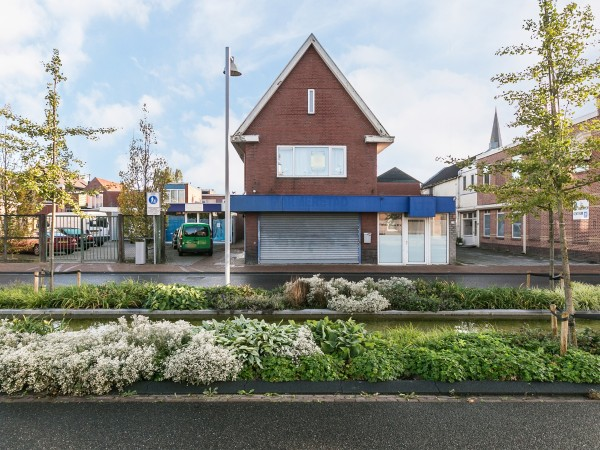 Langestraat 84 en Venne 155-155A  Winschoten