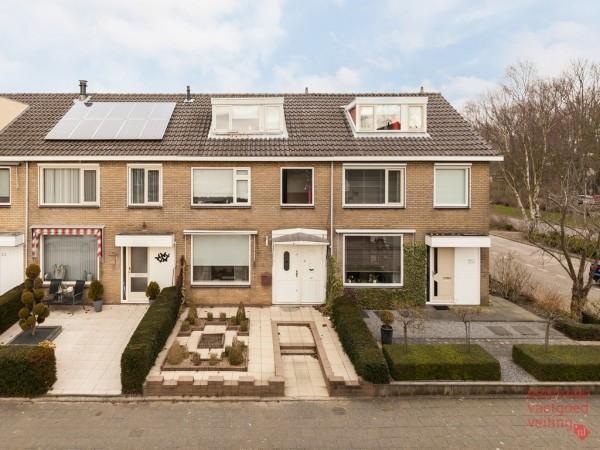 Opvliet 27 Hendrik-Ido-Ambacht