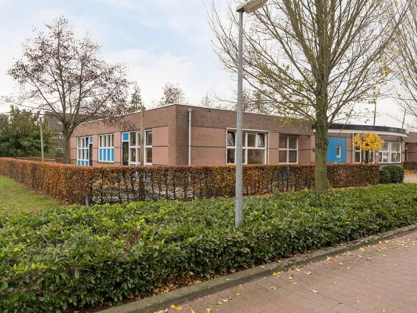 Koolhovenstraat 10 en Heestereng 3 Barneveld