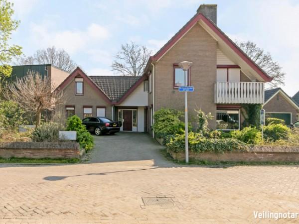 B. Hurenkampstraat 25 Wilp