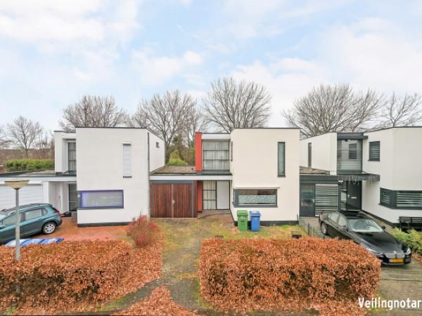 Stijn Streuvelshof 10 Almere