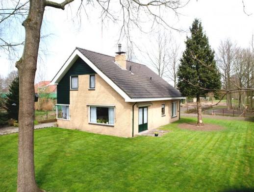 Pastorielaan 1 Nieuwehorne