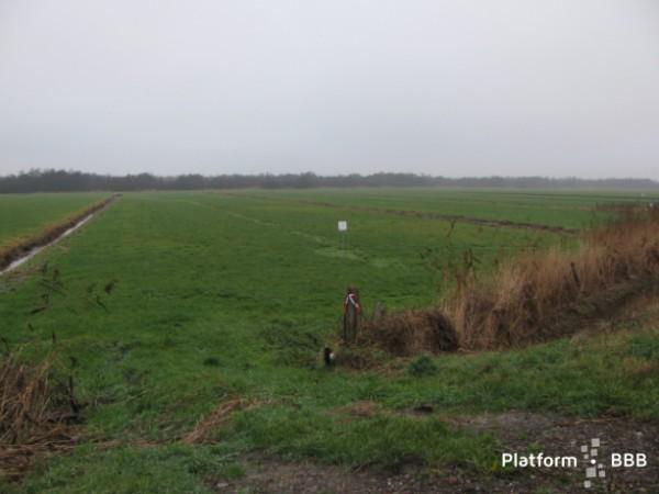diverse percelen grond gelegen aan de Zomerdijk Zwartsluis