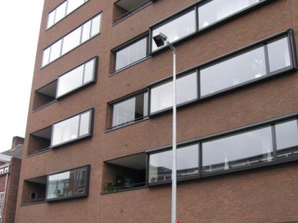 11 parkeerplaatsen aan de Markendaalseweg Breda