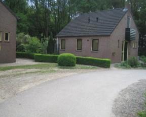 reconstructie_tuin_groene_heuvels_ewijk